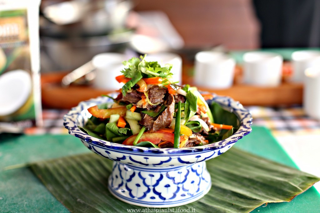 thai beef spicy salad
