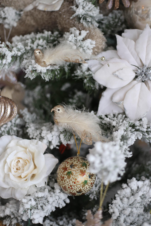 L Albero Di Natale Bianco E Candido A Thai Pianist