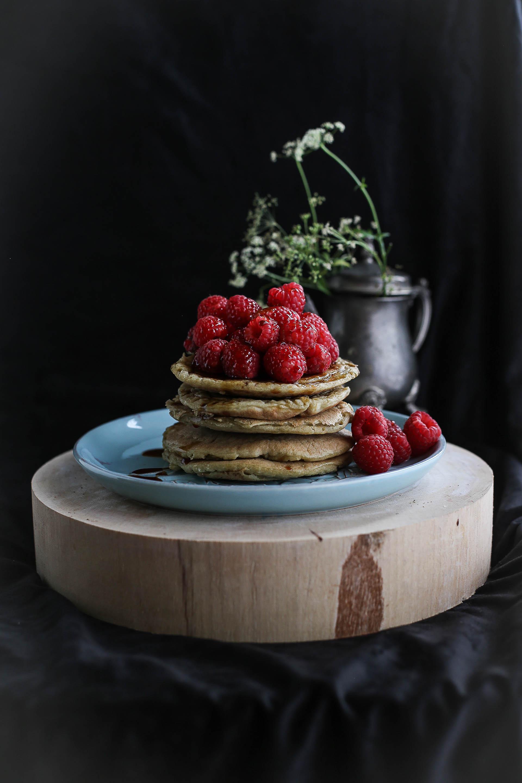 pancake-con-lamponi-e-scrioppo-al-cocco-6