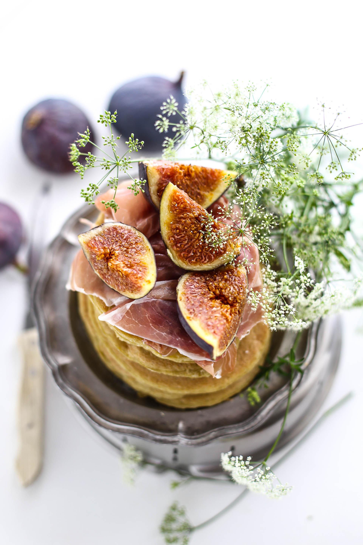 pancake-matcha-fichi-e-crudo